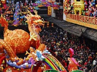 Празднование нового года в Шанхае
